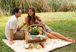 Романтика в отношениях или как помочь мужчине стать более романтичным