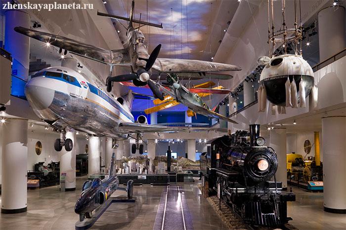 внутри-чикагского-музея-науки-и-промышленности