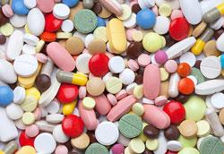 Опасные лекарства: 5 вредных препаратов, которые мы часто принимаем