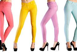 С чем носить узкие джинсы?