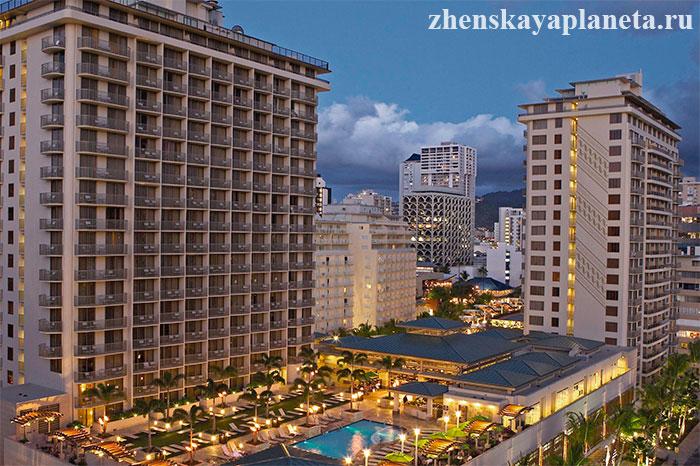 Embassy-Suites-Waikiki-Beach-Walk-отель