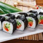 Японская кухня: суши, роллы, вареный рис