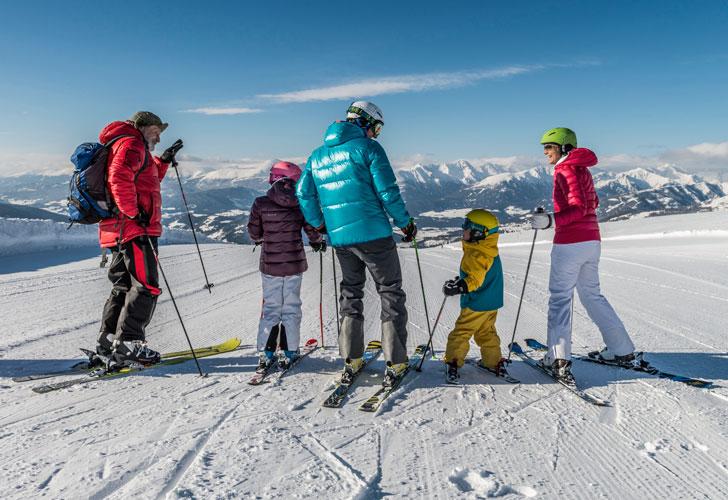 зимний-отдых-в-Альпах-с-семьей