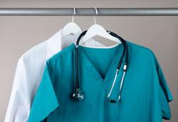 Как открыть магазин спецодежды для медиков?