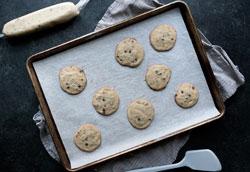 Как приготовить печенье с шоколадной крошкой?