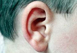 Как правильно чистить уши: 3 простых способа