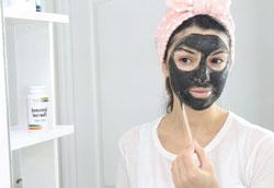 Как сделать маску для лица с активированным углем?