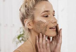 5 самых вредных привычек для кожи лица