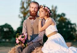 Как оформить свадьбу в деревенском стиле?