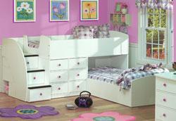 Как обустроить одну детскую комнату для двоих детей?